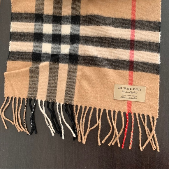 Burberry Classic Check Cashmere Scarf - Beige